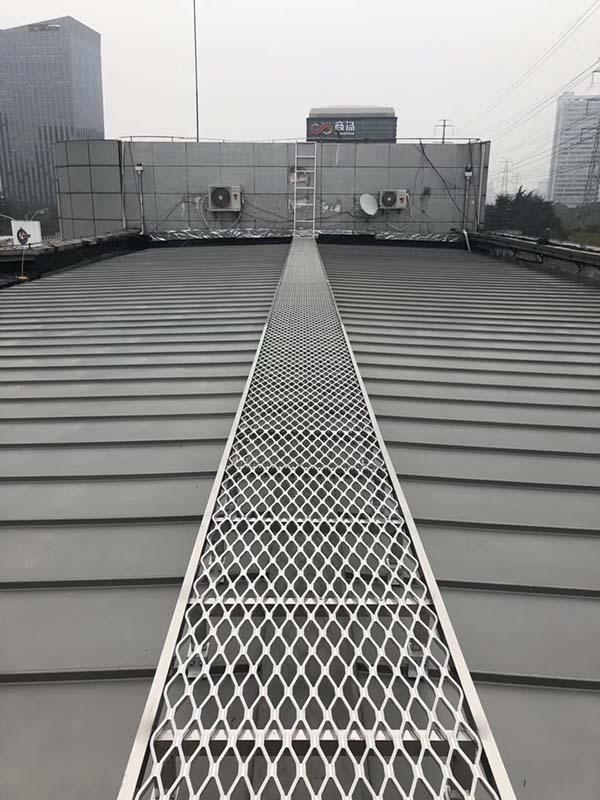 步道施工|塔吊安全通道搭设规范