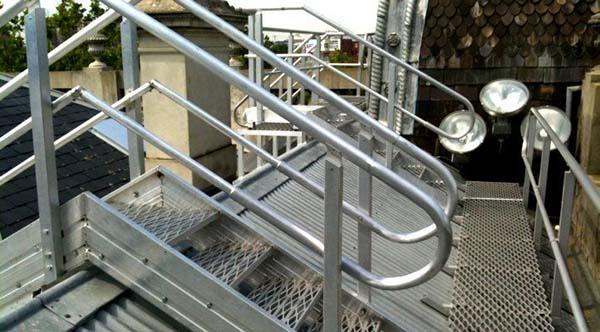 施工楼层临边防护栏杆_园林围栏厂家