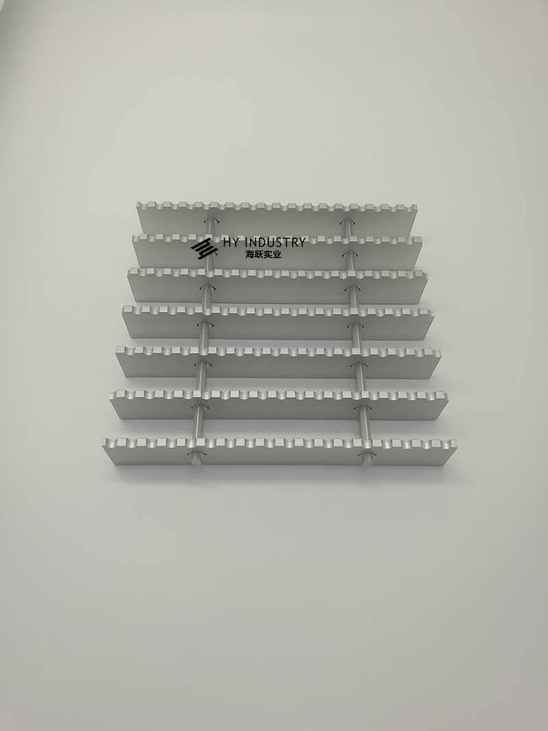 外墙铝合金格栅效果图|铝格栅套定额
