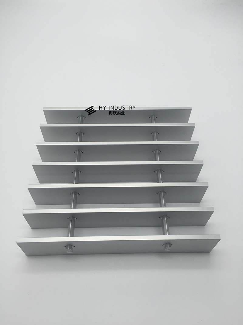 黑色铝格栅批发|铝格栅隔墙