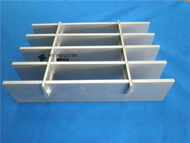 厂家了铝格板|铝格栅公司