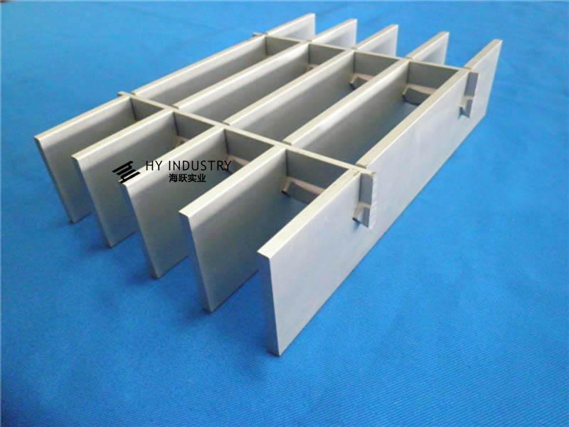 铝合金格栅墙|新款铝格栅
