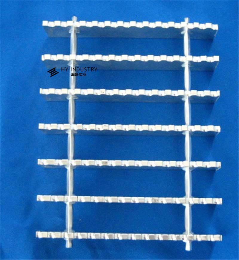 铝格栅天花生产厂家|铝格栅属于什么