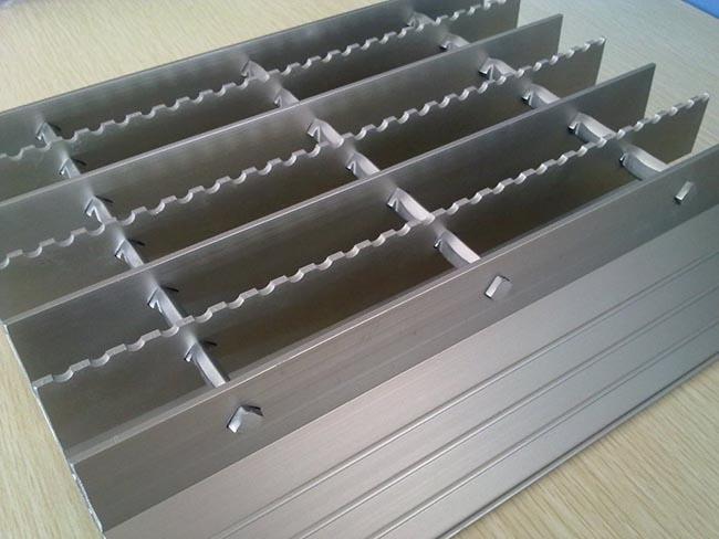 拉珠铝百叶价格|铝百叶窗