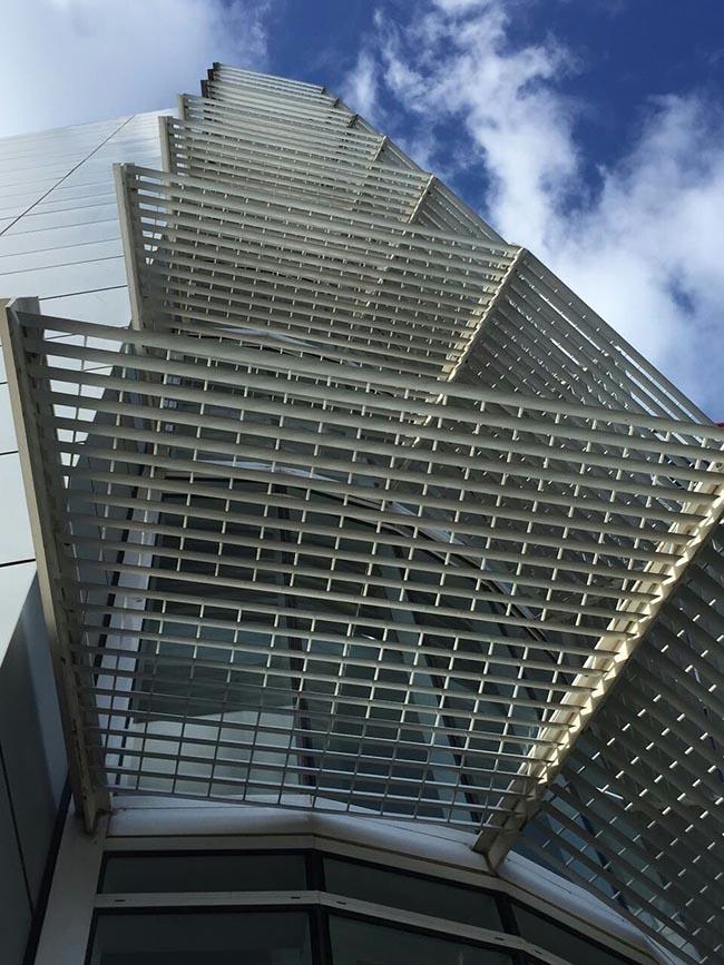 成品彩铝百叶格栅|户外遮阳cr80电动铝百叶