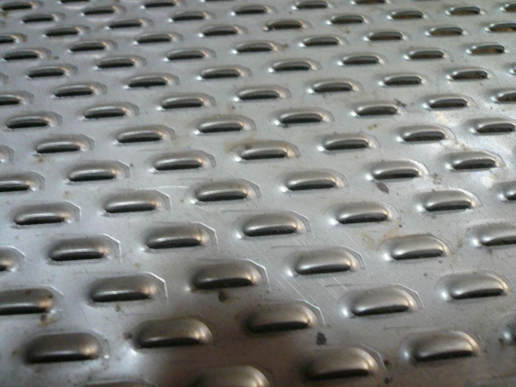 冲孔网板圆孔|长孔冲孔板